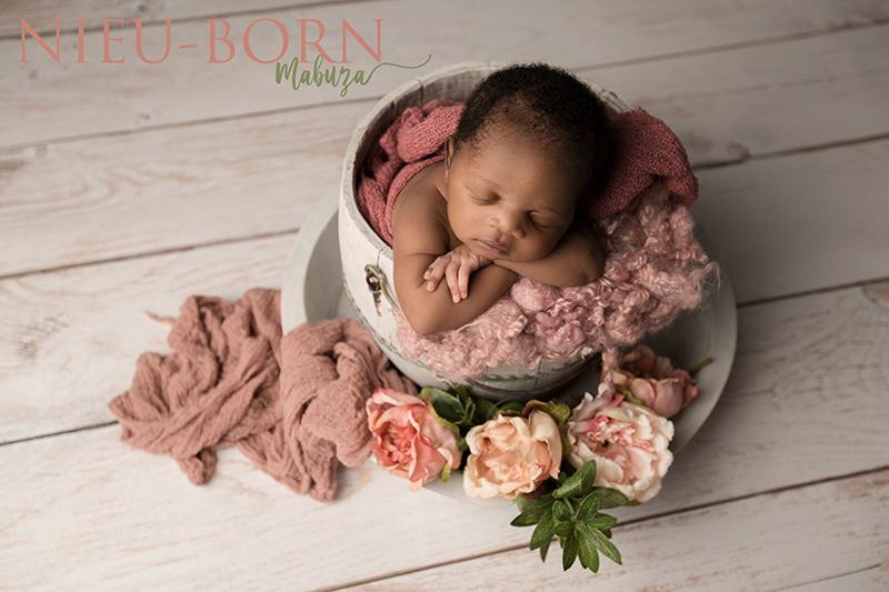 Nieu Photography_Mabuza Newborn_071